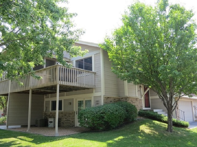 maple grove townhome rentals