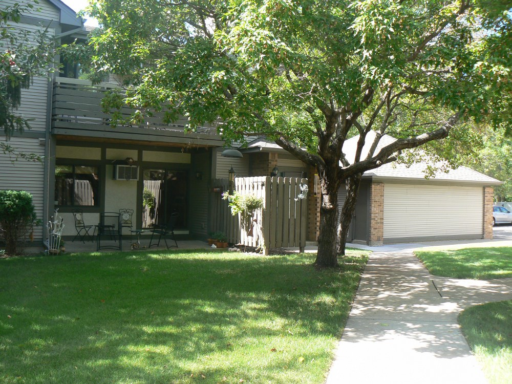 St Louis Park Condominium Rental