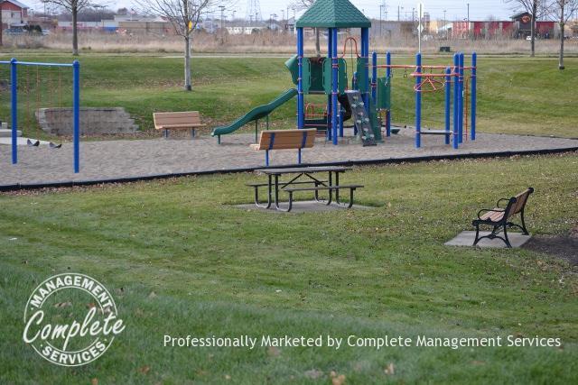 shakopee rental property playground