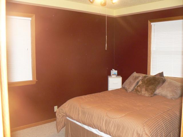 richfield rental home bedroom