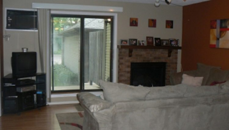 st. louis park townhome rental fireplace