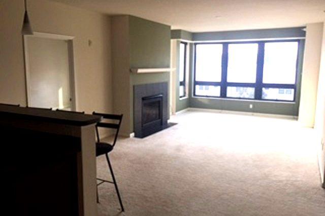 richfield condominium living room