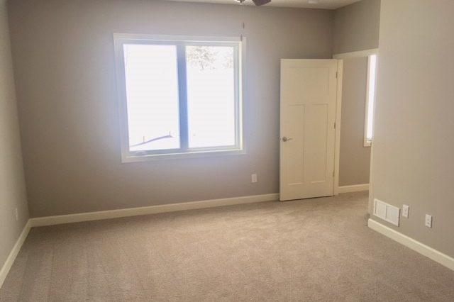 cologne home rental master bedroom suite