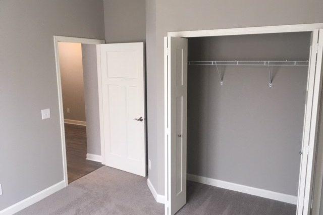 cologne home rental master bedroom