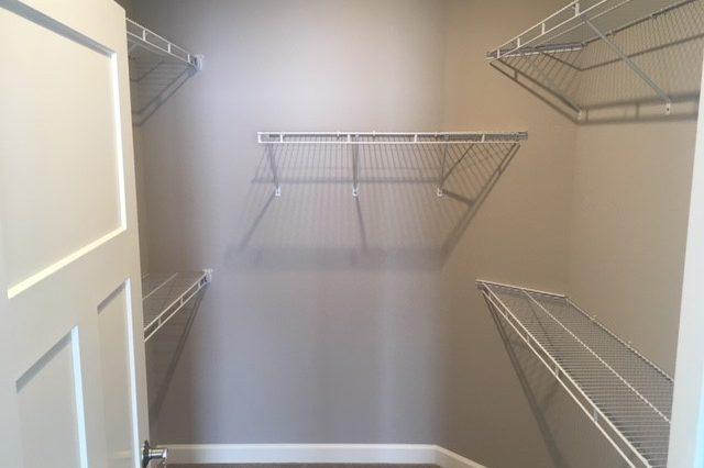cologne rental closet