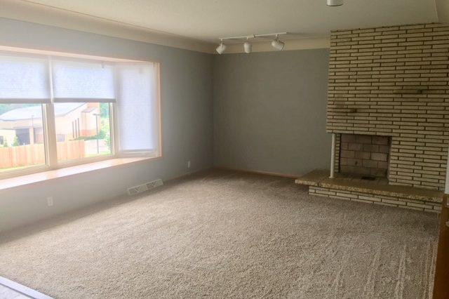 minnetonka home rental living room