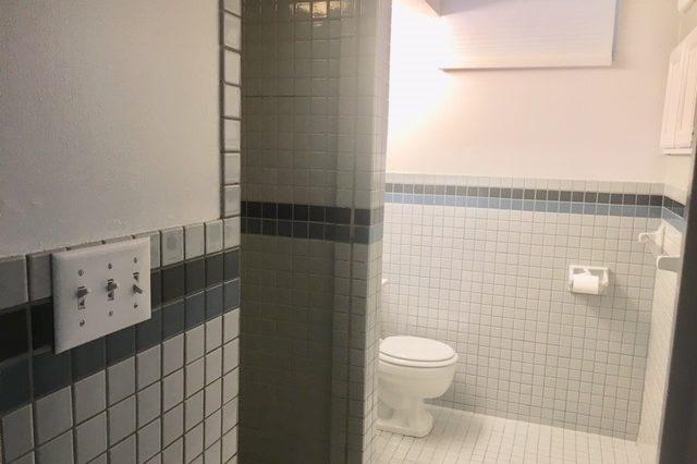 minnetonka home rental bath