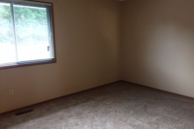 maple grove townhome rental master bedroom