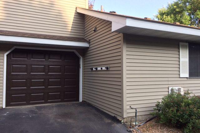 maple grove townhome rental garage