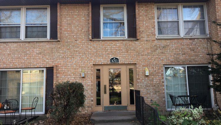 hopkins condominium rental Westbrooke