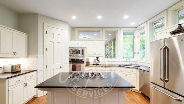 Edina home rental stainless appliances