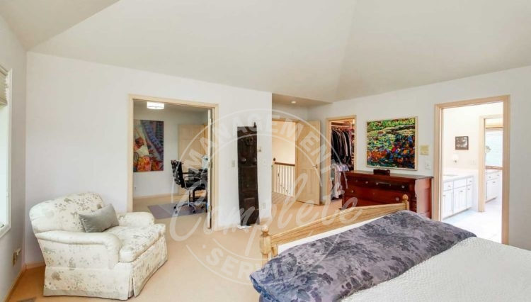 Edina home rental master suite