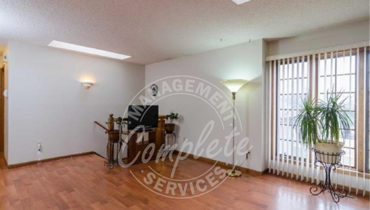 apple valley twin home rental living
