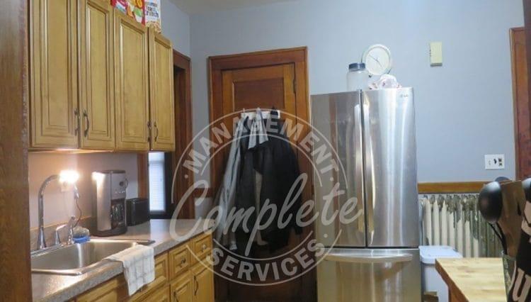 minneapolis duplex rental kitchen