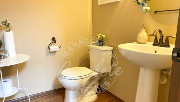 chanhassen rental property powder room