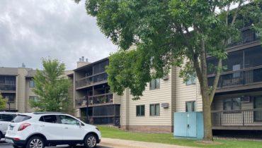 plymouth condominium rental parking lot