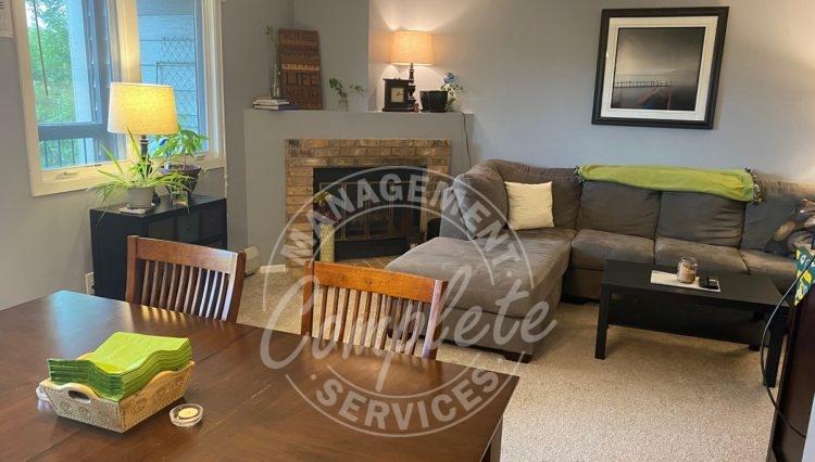 plymouth condominium rental living room