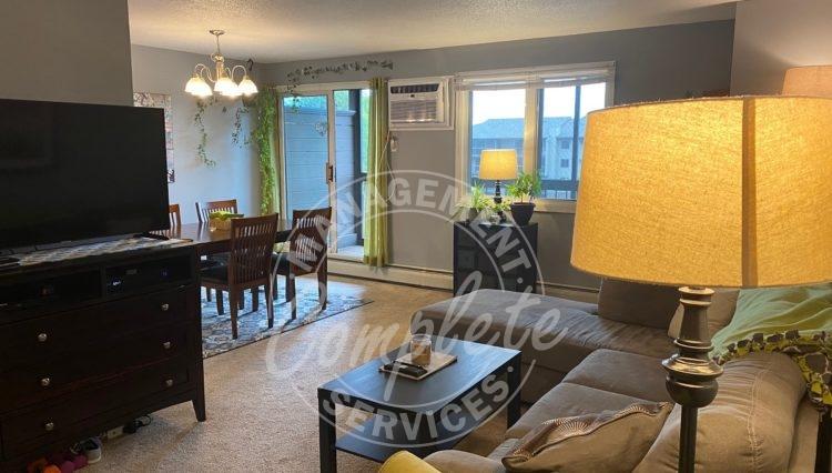 plymouth condominium rental dining room
