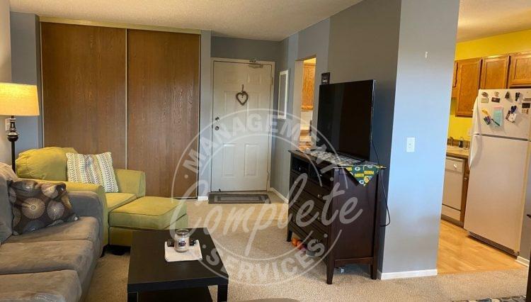 plymouth condominium rental entry