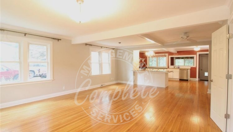 minnetonka home rental hardwood floors