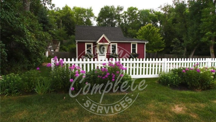 minnetonka home rental white picket fence